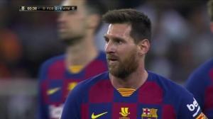 梅西卸球过人华丽破门 VAR判定手球在先