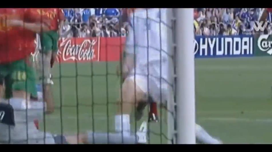 C罗落泪!2004年欧洲杯决赛希腊1-0击败葡萄牙夺冠