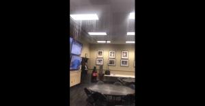 """暗示湖人总冠军?斯台普斯新闻办公室""""下雨了"""""""