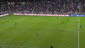 梅西第一次触球时全场球迷高喊名字