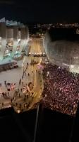 逆转晋级!大批巴黎球迷聚集庆祝胜利