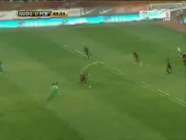 伊布破门!2010年热身赛巴萨3-0国安
