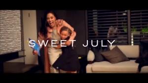 其乐融融!库里全家出演短片《甜甜的七月》