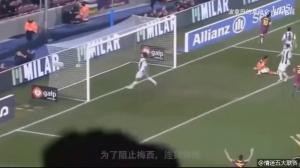 梅西在球场上令人感动的那些瞬间