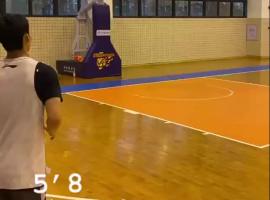 广东训练师晒徐杰扣篮视频
