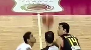 场面火爆!回顾中国男篮史上严重的斗殴事件