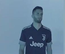 C罗迪巴拉出镜!尤文发布下赛季客场球衣