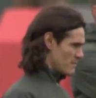 开幕大长腿!卡瓦尼结束隔离加入曼联训练