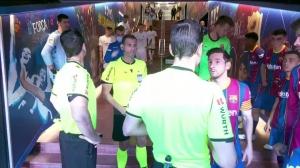 遭卡塞米罗侵犯未判点球!半场后梅西在通道口向裁判表达不满