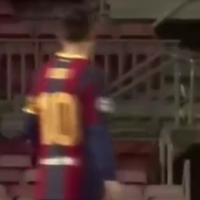 特殊视角拍摄被进第2球后梅西怒了