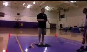 技术和身体素质都很好!孙悦当年试训湖人队的训练视频