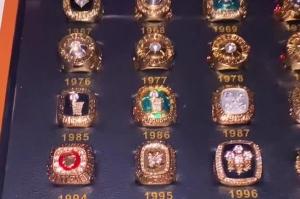 NBA历届总冠军高仿戒指 即使是假你愿花一两千买一套吗