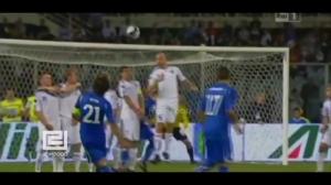 足球场上的达芬奇 皮尔洛经典进球粒粒精彩个个飘逸