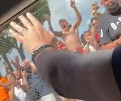 穆帅分享罗马球迷欢迎自己的视频