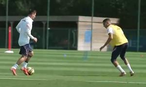 23岁的阿什拉夫防守梅西可还行?