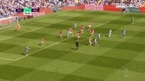 罗德里精准远射推杆破门 曼城4-0领先阿森纳