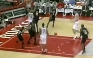 姚明NBA生涯四十佳球 残暴隔扣大本