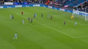 费兰-托雷斯造点球,马赫雷斯点球命中 曼城3-1领先